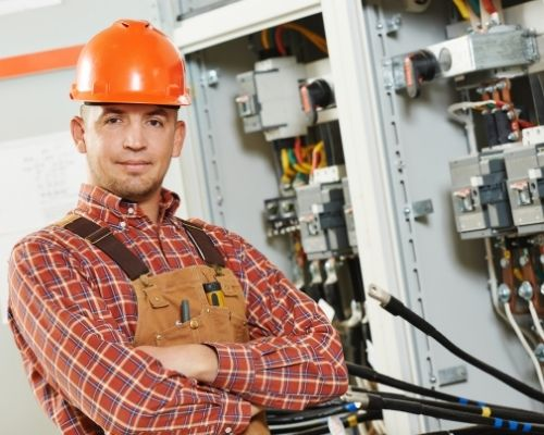 curso-de-eletricista-manaus